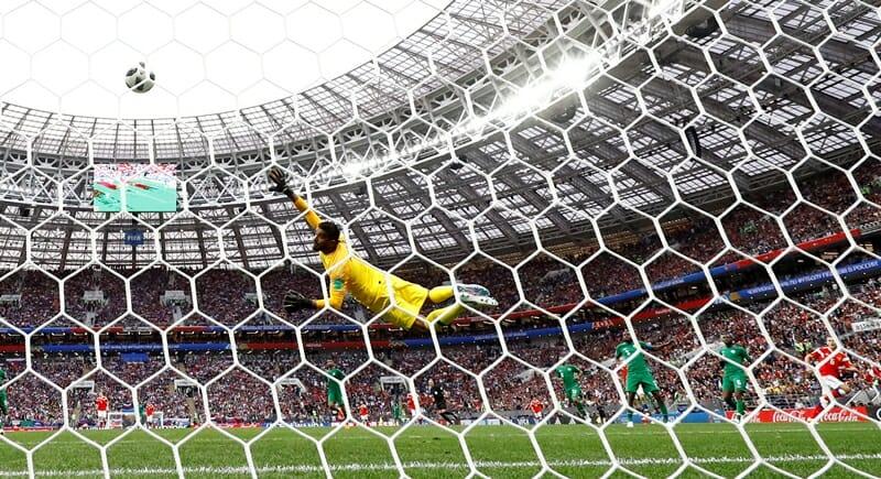 Gol russo na abertura do Mundial