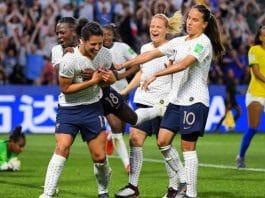 frança comemora Brasil copa do mundo